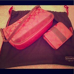 Used coach coral/red purse set w wallet